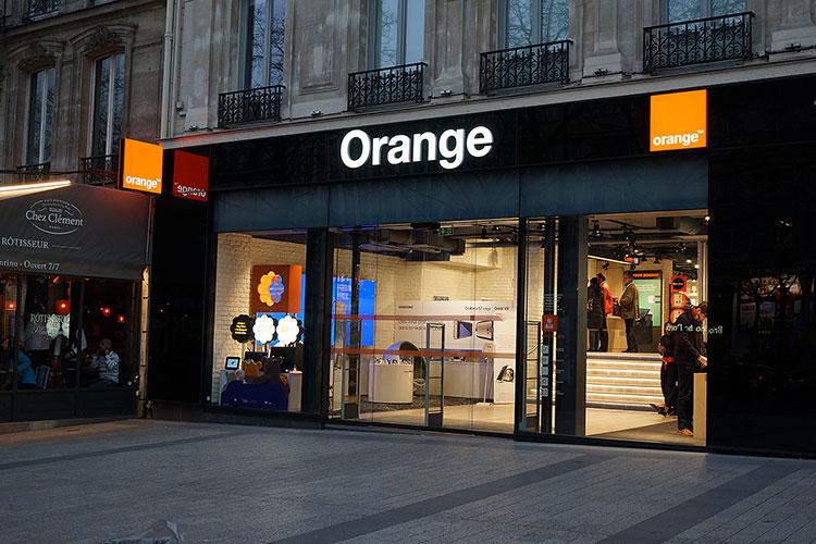 フランスでSIMカードを購入するならOrange holidayがおすすめ