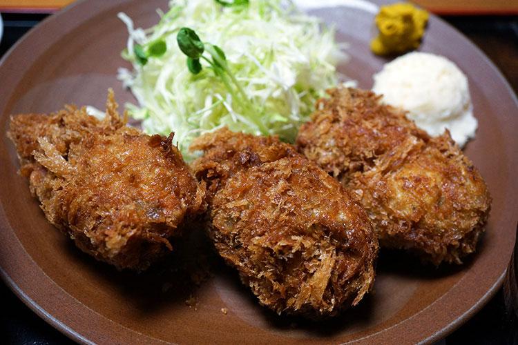 人形町三友(さんゆう) 爆弾カキフライ定食