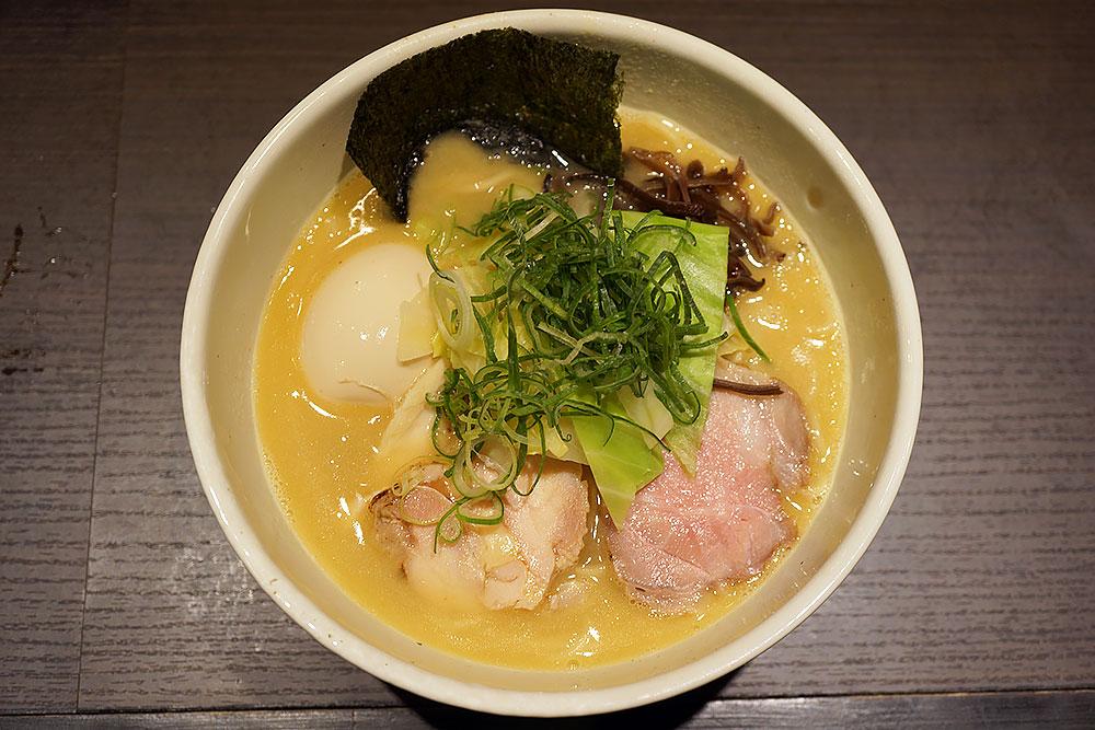 成田駅徒歩1分 鶏白湯ラーメンで有名な麺や福一への行き方と注意点