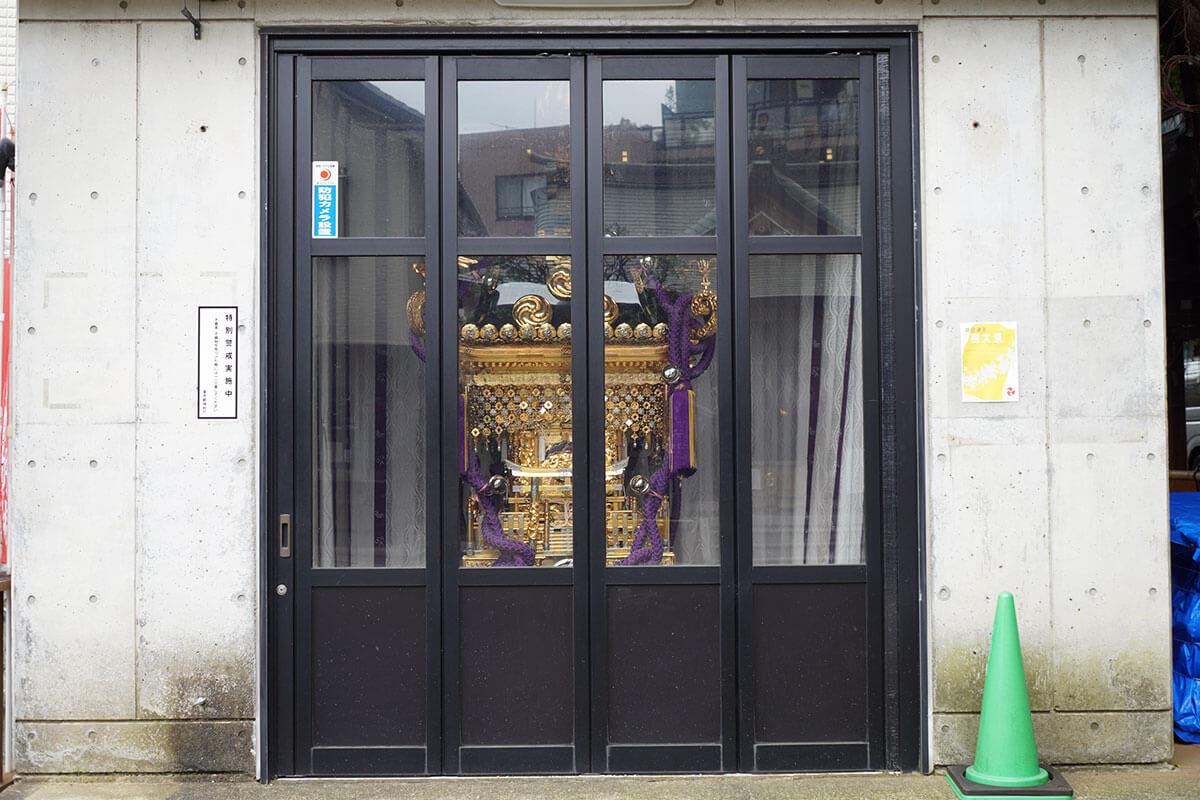 穏田神社 神輿